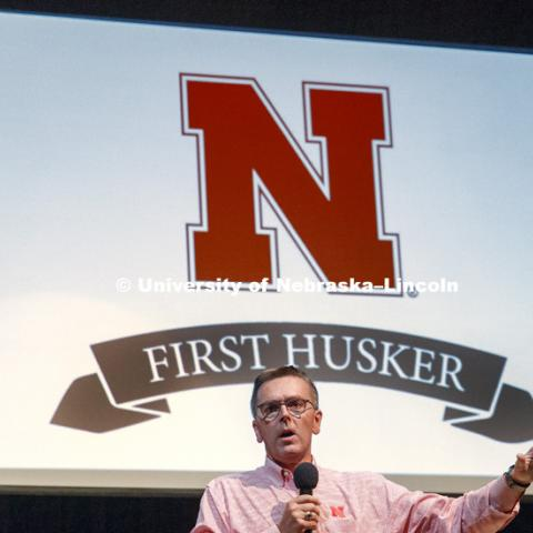 First Husker students are gathered together and list to Chancllor Ronnie Green speak. Opening day of the First Husker program put on by the First-Year Experience and Transition Program. August 13, 2017. Photo by Craig Chandler / University Communication.