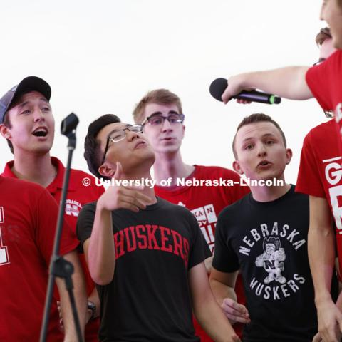 The Bathtub Dogs, Nebraska's a cappella group, performs to begin the pep rally and court jester competition. September 22, 2017. Photo by Craig Chandler / University Communication.