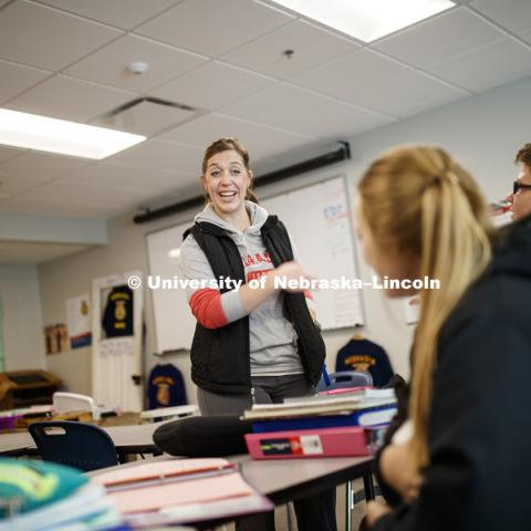 Toni Rasmussen, agriculture education teacher at Wayne High School, works with her Ag Leadership and Intro to Ag class. October 17, 2018. Photo by Craig Chandler / University Communication.