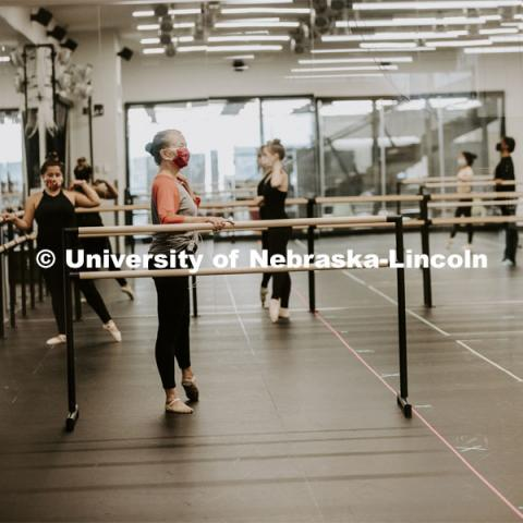 Lynne Nevin leads a Ballet class in the Carson Center dance studio. First day for in-person learning for the fall semester. August 24, 2020. Photo by Craig Chandler / University Communication.