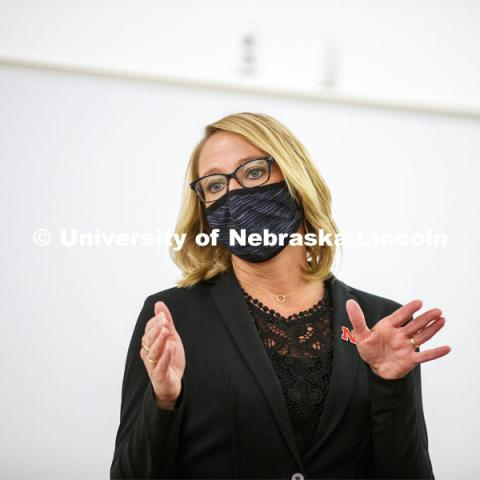 Shari Veil, CoJMC dean, talks with student ambassadors during an early morning meeting in Andersen Hall. September 9, 2020. Photo by Craig Chandler / University Communication.