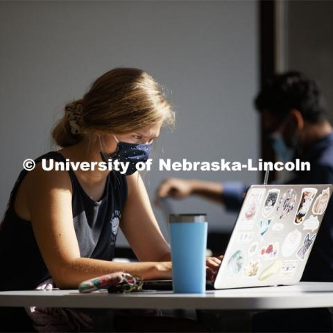 Alexandra Schroder, a senior in Nutritional Science and Dietetics from Holdrege, Nebraska, studies in the newly renovated Nebraska East Union on East Campus. September 25, 2020. Photo by Craig Chandler / University Communication.