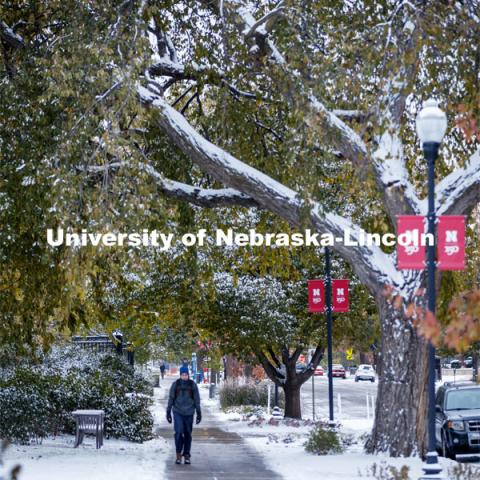 Monday morning after an overnight snow on city campus. October 26, 2020. Photo by Craig Chandler / University Communication.
