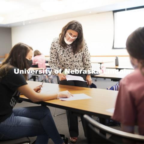Students in Loukia Sarroub's TEAC 438/838 Linguistics in Learning and Language Contexts class works on a grammar project in the Gaughan Center. November 4, 2020. Photo by Craig Chandler / University Communication.