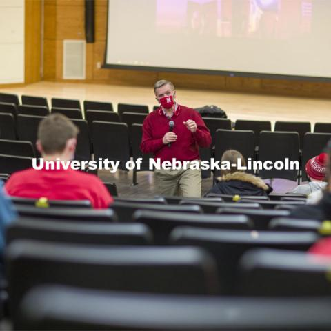 Chancellor Ronnie Green talks with the Chancellor's Leadership class Thursday in the Nebraska Union. February 4, 2021. Photo by Craig Chandler / University Communication.